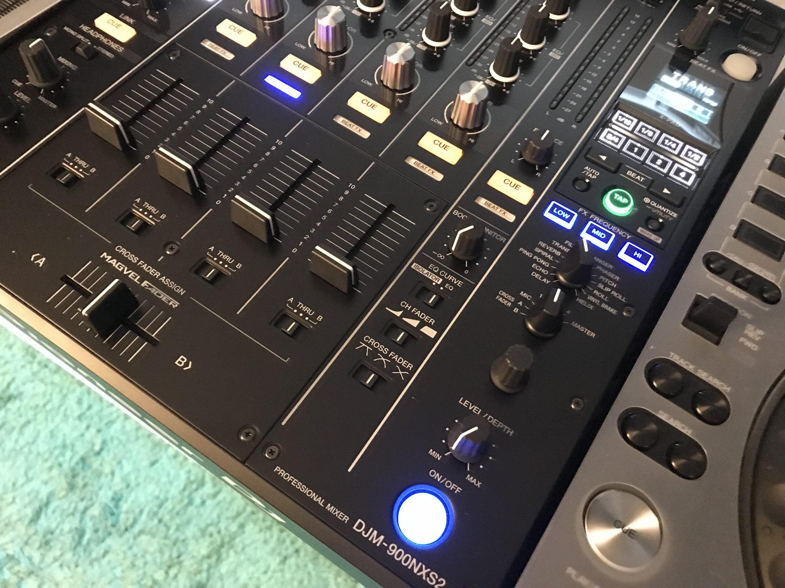 https://ministryofdjs.com.sg/wp-content/uploads/2021/06/Intermediate-DJ-Course-scaled.jpg
